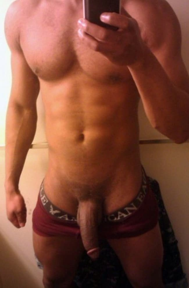 Muscle Guy Taking Picture Of His Big Cock - Nude Man Post