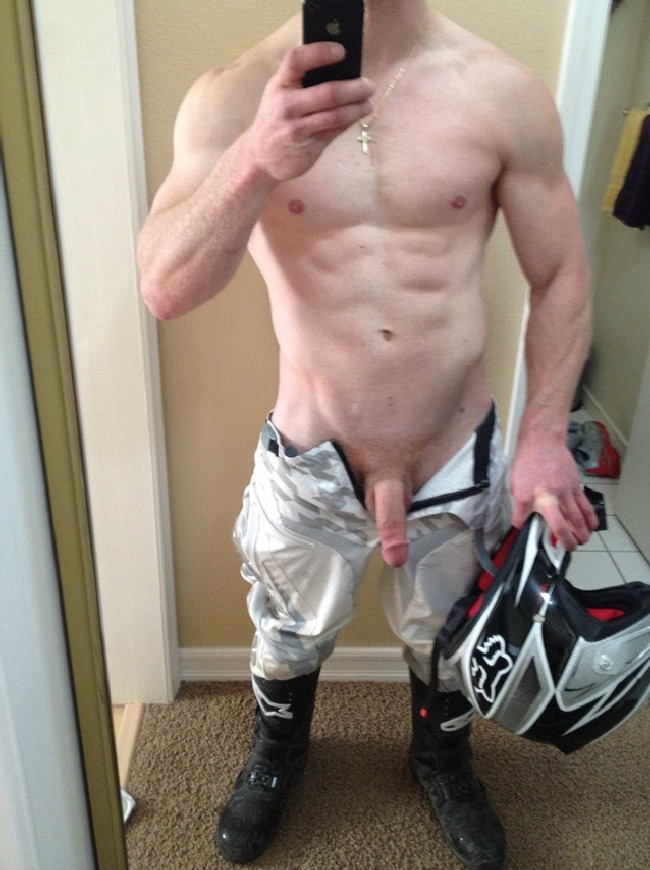 Muscle Man With Soft Cock